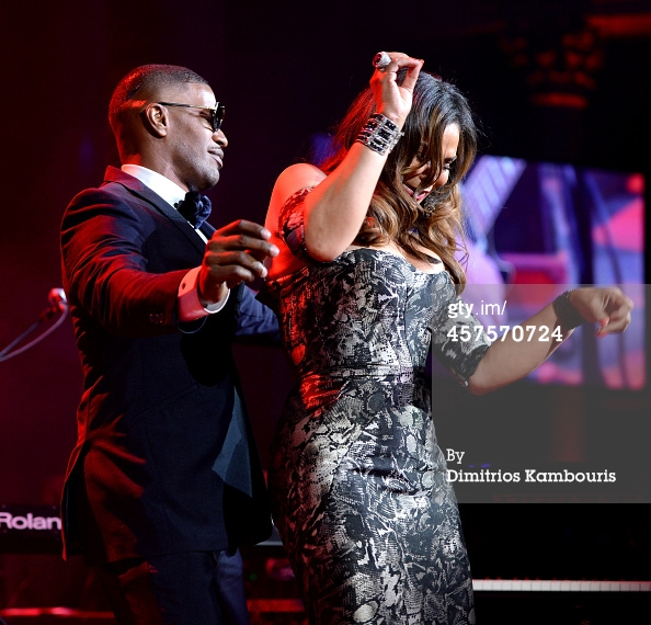 457570724-jamie-foxx-and-tina-knowles-dance-at-angel-gettyimages
