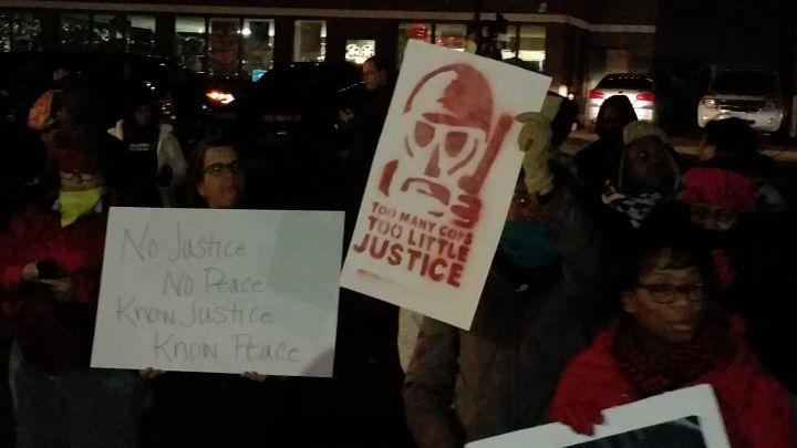 Protests Continue In Ferguson [PHOTOS]