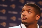 "Michael Sam: There Are ""A Lot"" Of Gay Players In NFL, But They Lack Courage"
