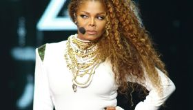 Janet Jackson - Unbreakable World Tour