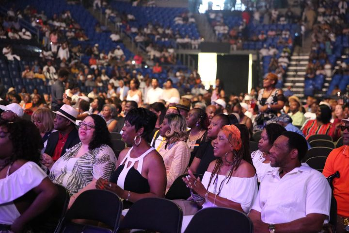 Tom Joyner One More Time Experience Crowd Moments