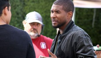 Usher Raymond makes an appearance on 'Extra' TV show