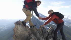 Mountaineer provide assistance to part