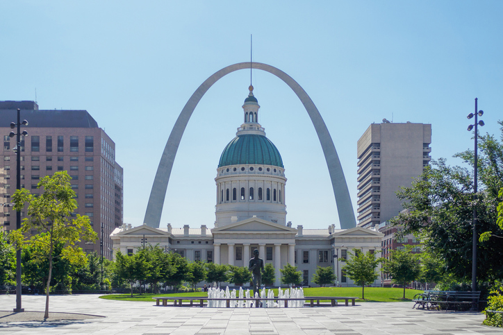The Gateway Arch and The Old Courthouse, St. Louis, Missouri